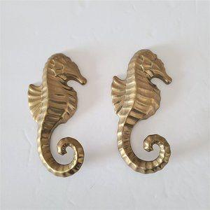Hallmark 2 Brass Seahorses wall hooks.